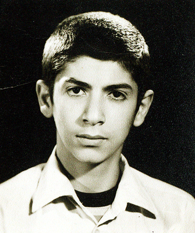 http://davodabadi.persiangig.com/image/kazemzadeh88.jpg
